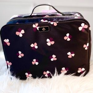 Kate spade Nylon travel cosmetic carry case 🤩